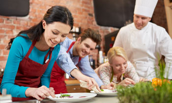 5 Reasons You Should Try Cooking Classes Kalamazoo, MI