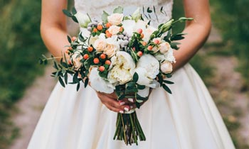 How to Choose the Right Flowers For Your Wedding Kalamazoo, MI
